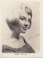 Picture of Gabi Novak, potpis: Foto razglednica